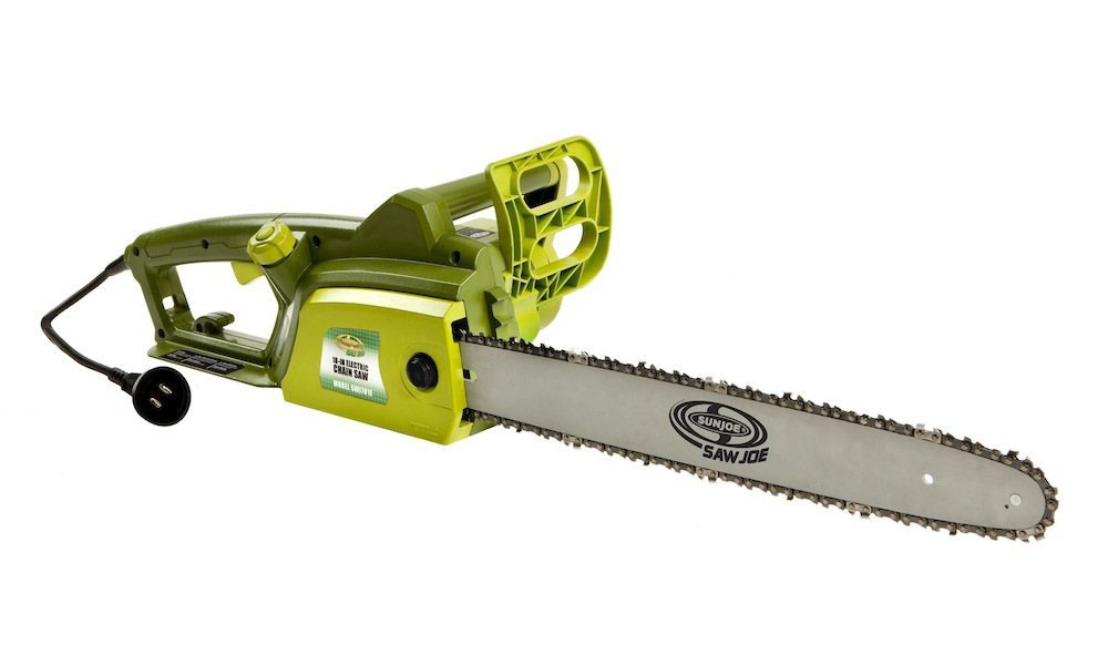 Sun joe swj701e electric chainsaw review cutting a log for the fire greentooth